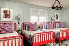 13 Achievable Ideas Inspired by a 1926 Tudor: The Bunk Room