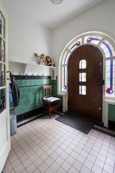 Jaren30woningen.nl   Vestibule van een jaren 30 woning