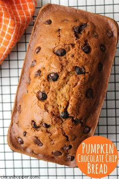 Pumpkin Chocolate Ch Pumpkin Chocolate Chip Bread - perfect fall breakfast or dessert. You will not only find it quick and easy to make but will also find awesome pumpkin flavors. Pumpkin Breakfast, Fall Breakfast, Breakfast Recipes, Dessert Recipes, Breakfast Time, Drink Recipes, Pumpkin Recipes, Fall Recipes, Pumpkin Chocolate Chip Bread