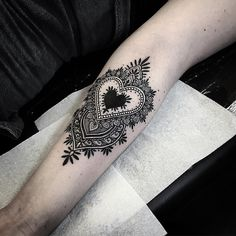 prettysimpletattoos:by Alex Bawn