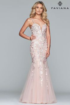 Faviana dress for your next formal event at The Castle. We are an authorized retailer for all Faviana dresses and every is brand new with all original tags! Long Mermaid Dress, Mermaid Prom Dresses, Mermaid Skirt, Faviana Dresses, Prom Dress Shopping, Perfect Prom Dress, Dress Silhouette, Celebrity Dresses, Tulle Dress