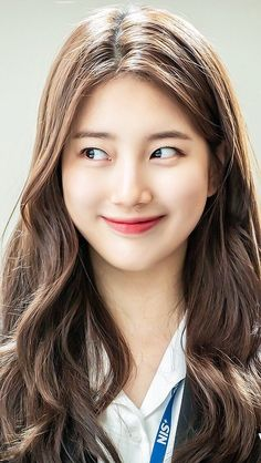 Bae Suzy, Korean Beauty, Asian Beauty, Cute Selfie Ideas, Hair Reference, Girl Photography Poses, Beautiful Models, Girl Pictures, My Girl
