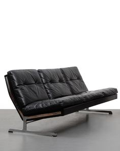 Poul Nørreklit; Leather and Chromed Steel Sofa for Älgarås, 1960s.