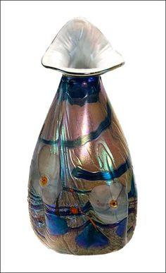 Vase - V5017 by Tom Michael www.tommichael.com