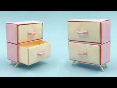 Origami Furniture, Cardboard Furniture, Barbie Furniture, Dollhouse Furniture, Bedroom Furniture, Origami Paper Art, Diy Paper, Paper Crafts, Diy Doll Suitcase