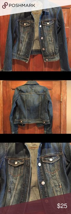 America Eagle XS Boyfriend Jean Jacket Bought for teen who outgrew before she got to use, maybe worn twice- it's fabulous! American Eagle Outfitters Jackets & Coats Jean Jackets