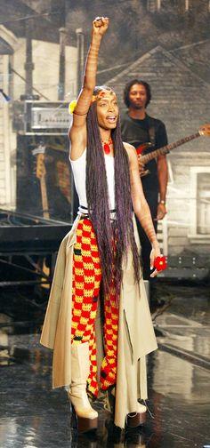 erykah badu style   Gemstone Jewelry: Erykah Badu Style Gallery: The Fashion Icon Turns 40