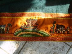 Reisunga Baiuvarii - Normannischer Mantel Viking Embroidery, 9 And 10, Vikings, Celtic, Embellishments, Apron, Sewing Projects, Tapestry, Coats