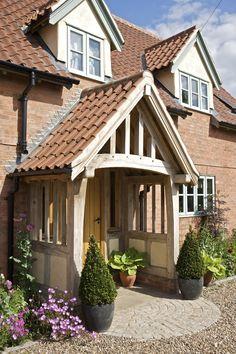 64 Ideas for front door porch extension border oak Cottage Porch, Cottage Style, House With Porch, House Front, Building A Porch, Building A House, Porch Extension, Extension Ideas, Border Oak