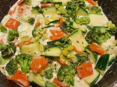 Brokkolis-cukkinis rizstészta tejszínesen Pasta Salad, Cake Recipes, Food And Drink, Low Carb, Gluten, Lunch, Healthy Recipes, Vegan, Vegetables