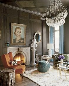 Muriel Brandolini Space (that side table is soooo from sims2 )