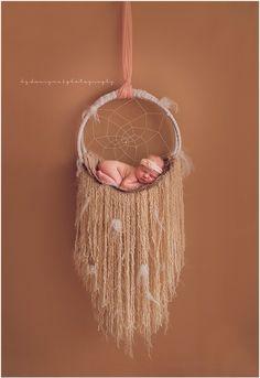 Newborn photography dream catcher posing ideas Www.facebook.com/birthbybgdp