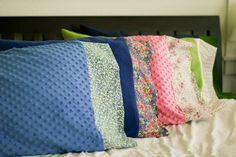 Beautiful Pillow slips. I would make these with any types of fabric as well.. Mustard Chevron stripes for my bed? Maybe....