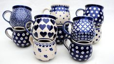 Mokken, Pools Aardewerk, www.nl I love my Polish mugs. Blue Pottery, Pottery Mugs, Ceramic Pottery, Blue And White China, Love Blue, Ceramic Mugs, Stoneware, Coffee Cups, Tea Cups