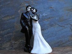 halloween wedding cake toppers   Skeleton Halloween Wedding Cake Toppers