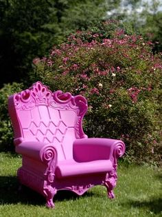 Well there's no chance of boredom here.    This is a series of outdoor polystyrene chairs called The Queen of Love.  They were designed by G...