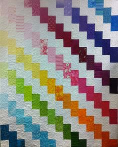 This is just an inspiration! I saw this Rainbow Streak of Lightning quilt on my cousin's post. Bargello Quilts, Lap Quilts, Jellyroll Quilts, Scrappy Quilts, Quilt Blocks, Rainbow Quilt, Moon Rainbow, Quilt As You Go, Toddler Quilt
