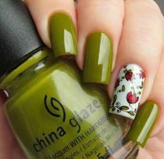 i love this green color Spring Nail Art, Spring Nails, Watermelon Nails, Stamping Nail Art, Manicure E Pedicure, Nail Polish Art, Shellac Nails, Get Nails, Fabulous Nails