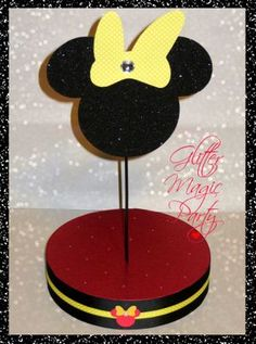 Minnie Mouse - Lollipops or Cakepops Stand - Minnie Mouse Party Decoration - Yellow Polka Dots Bow