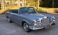 1972 Mercedes Benz 280SE Convertible. My favorite car in my favorite color..absolute perfection.