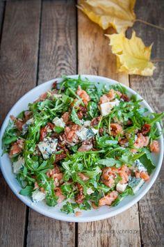 Sałatka z wędzonym łososiem i rukolą - Każdy ma jakiegoś bzika - Pieguskowa kuchnia Fish Salad, Salmon Salad, Pasta Salad, Best Salad Recipes, Snack Recipes, I Foods, Green Beans, Salads, Food Porn