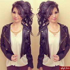 <3 her hair!