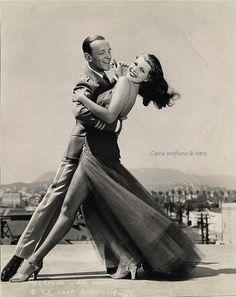 (1) Cipria profumo & rètro Fred Astaire and Rita Hayworth