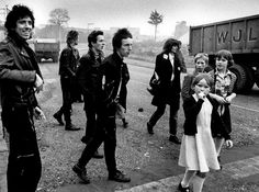 Rare photograph of THE CLASH, '77 © Adrian Boot