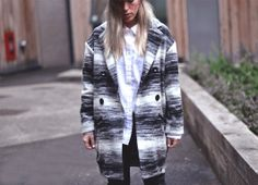 Gat Rimon Coat, find it here: http://rstyle.me/~13Smi