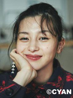 (画像1/7) 中条あやみ/「CYAN issue 015(2017 WINTER)」(カエルム、2017年10月30日発売) - 中条あやみ、女優としての苦悩を明かす 広瀬すずに感じた焦りと刺激 Japanese Models, Japanese Girl, Fresh Face Makeup, Photo Focus, Photoshoot Concept, Aesthetic People, Best Portraits, The Villain, Portrait Inspiration