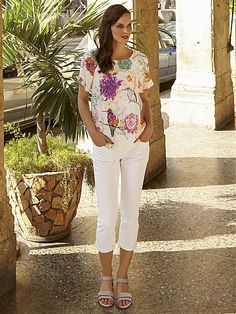 Pick your perfect top in our women's tops collection. Patterned or plain, find something that takes your fancy in the lovely White Stuff range. Aphrodite, Long Tops, White Tops, White Jeans, Capri Pants, Women Wear, Spring Summer, Tunic Tops, Fancy