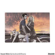 Marilyn Monroe and Elvis Marilyn Monroe Artwork, Marylin Monroe, Rockabilly Art, Cinema Tv, Poster Prints, Art Prints, Art Posters, Norma Jeane, Couple