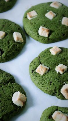 Cookies au matcha et pépites de chocolat blanc - Recette Kumiko Matcha x Olivia Pâtisse
