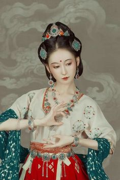 My Hanfu Favorites Pictures of hanfu (han chinese clothing) I like. About Tags Replies Where to Buy Hanfu Pretty Asian, Beautiful Asian Girls, Hanfu, Cheongsam, Chinese Style, Chinese Art, Dynasty Clothing, Dunhuang, Movies And Series