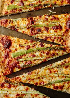 Recipe: Roasted Asparagus & Ricotta Pizza