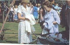 July Princess Diana with the Queen here at the Great Park polo, Windsor. Princess Diana has a bracelet and watch on her left arm. Wearing a white with a red, blue and green polka dot type print. The Last Princess, Princess Diana Rare, Princes Diana, Royal Princess, Princess Style, Prince And Princess, Princess Of Wales, Elizabeth Philip, Queen Elizabeth Ii