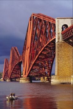 The Forth Bridge in Scotland. Construction started in 1883 and took seven years to build. It's construction cost the lives of 63 men. Love Bridge, Over The Bridge, Edinburgh, Famous Bridges, Scotland Travel, Scotland Uk, Covered Bridges, Places To See, Paths