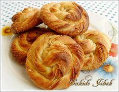 TAHİNLİ Low Carb Recipes, Snack Recipes, Snacks, Yummy Recipes, Tahini, Boston Baked Beans, Turkish Breakfast, Vegetable Drinks, Turkish Recipes