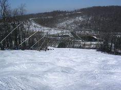 Skiing and snow tubing at Roundtop Mountain Resort (Poconos, PA)