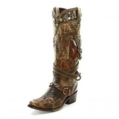Double D Frontier Trapper Cowgirl Boots Oh Wow, never seen this one before, ahhhhmazing. #cowboycupidbemine