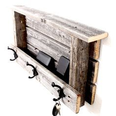 Salvaged Wood Projects, Reclaimed Wood Projects, Small Wood Projects, Woodworking Projects Diy, Wood Projects That Sell, Barnwood Ideas, Woodworking Techniques, Woodworking Plans, Barn Wood Crafts
