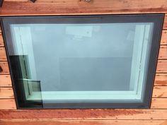 Geïsoleerd beloopbaar glas, vlak geïntegreerd in dakterrasvloer