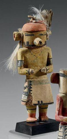 Tasaf kachina (Le-Kachina-Navajo) Hopi, Arizona, U.S.A Bois, plumes, crins de cheval, cordelette, pigments Circa 1910-1920