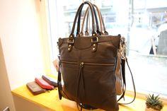 beliya BELIEVE - Upcycling kann so schön sein  #beliya #upcycling #charitybag #GreenPosh #Handtasche #Handbag