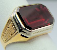MENS RING ANTIQUE VINTAGE COLLECTIBLE DECO ESTATE RUBY 10K YELLOW & WHITE   GOLD