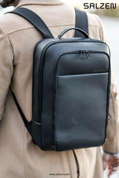 2c72d72deedf9 Der Business Backpack aus Leder in schwarz.  newwork  business  leather   backpack. Total Black