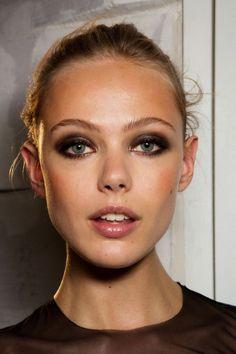 wtf-models:  Frida Gustavsson