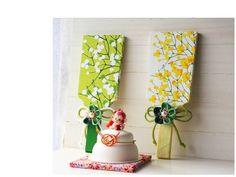 ハンドメイド マリメッコ LUMIMARJA 緑 正月飾り 羽子板 つまみ_緑雪いちご*1点分のお値段です