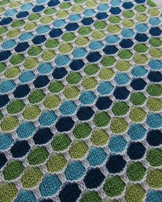 Honeycomb Stroller Blanket by Terry Kimbrough, Susan Leitzsch, Lucie Sinkler - free pattern - perfect for Ombre or Gradient Lyra Sweater Kits!