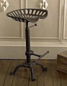 Tractor Seat Bar Stool/garden Seat  So Want These For My New Kitchen.  Anybody Have Directions For DIY?